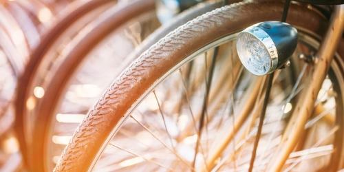 В исторических костюмах и на ретровелосипедах! В столице пройдет уникальный велопробег